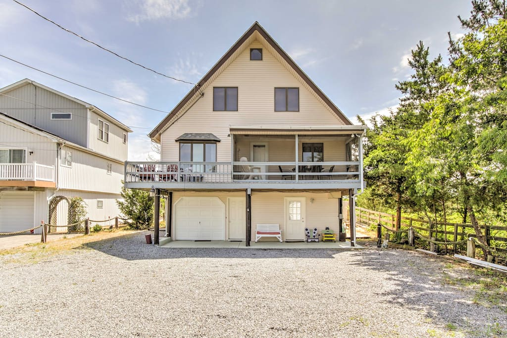 This home for 8 is great for families, friends or couples traveling together.