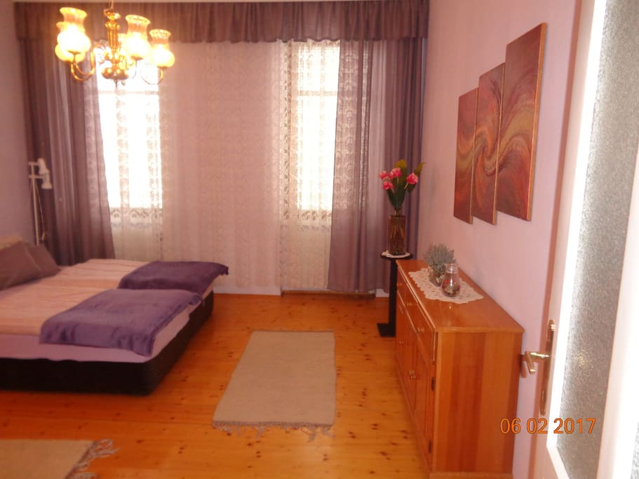 Schlafzimmer 1 - Doppelbett