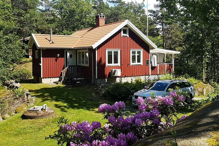 6 person holiday home in VAREKIL
