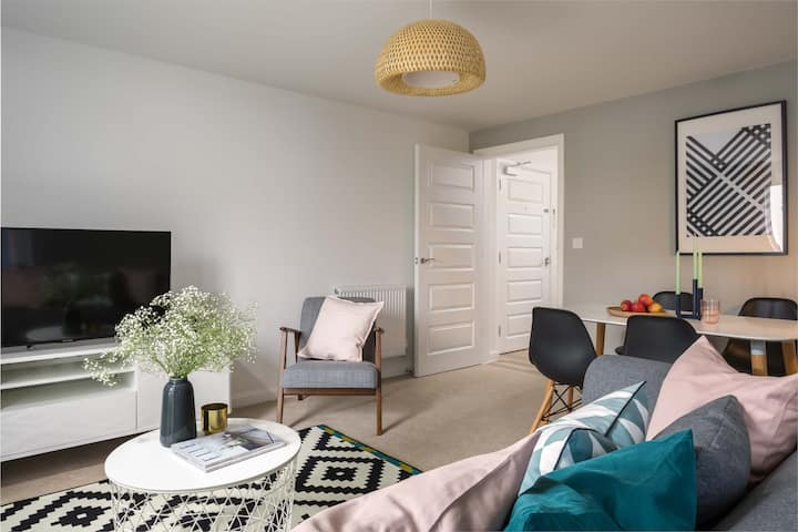 Stylish 2 bedroom flat in Coventry