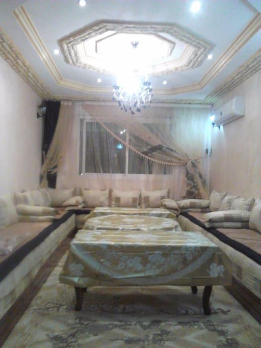 salon marocain climatisée