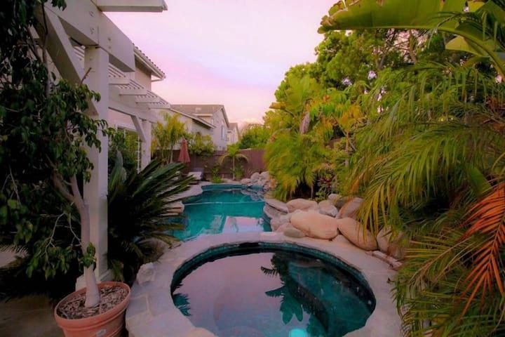 Beautiful tropical oasis in Camarillo