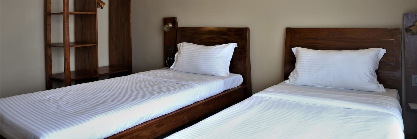 Sabila Boutique Hotel Std Room 2 Single Beds