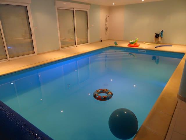 Longère Fosse Mouillée with pool - Viel-Saint-Remy - Casa