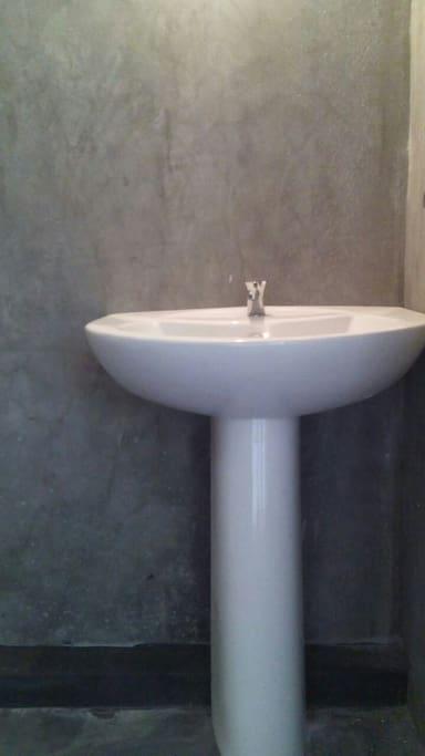 titaniumed bath rooms cozy cottage tissa
