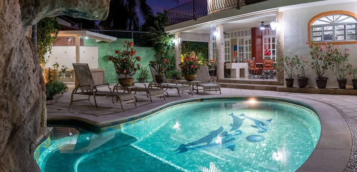 CASA MARIA - Exclusive residence w/ swimming pool
