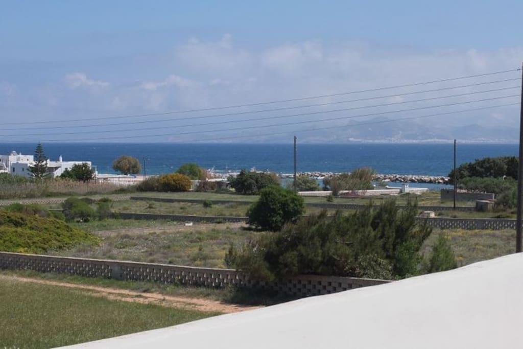 Θέα στο Αιγαίο και τη Νάξο