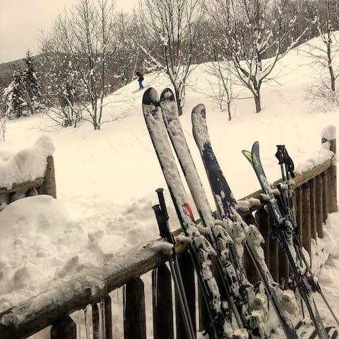 Sugarloaf Ski in/ski out seconds from Superquad!
