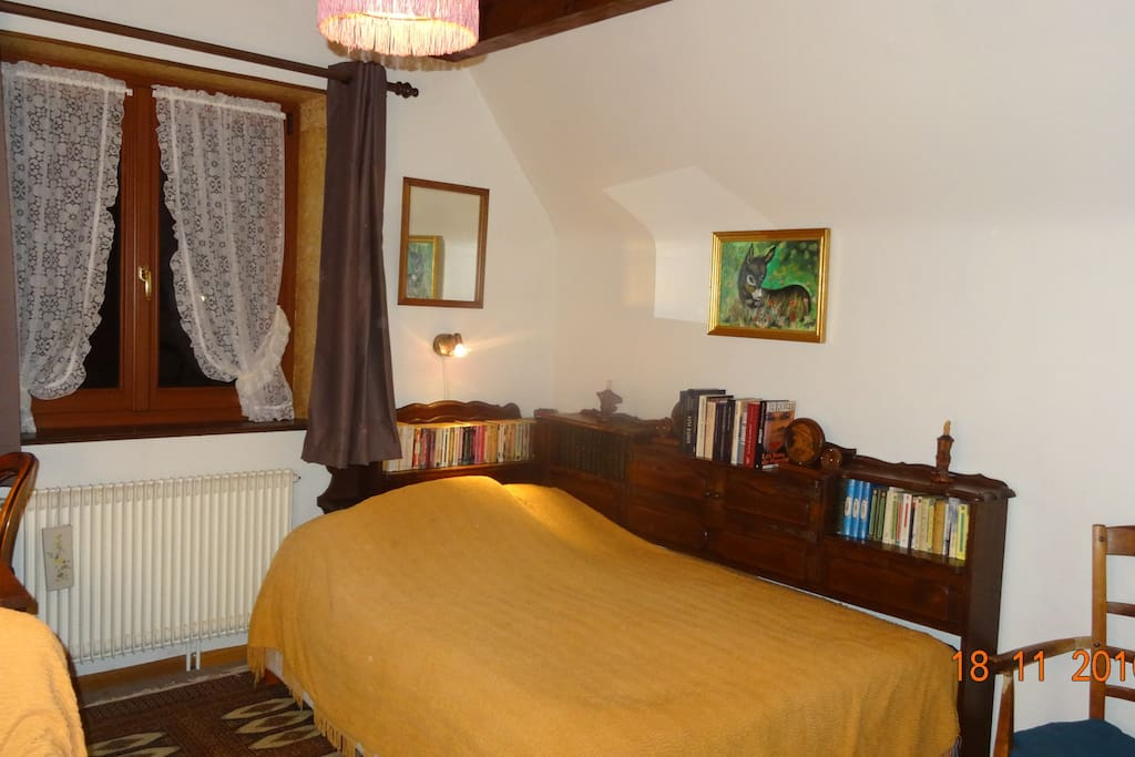 Chambre abricot dans le vignoble houses for rent in for Chambre french translation