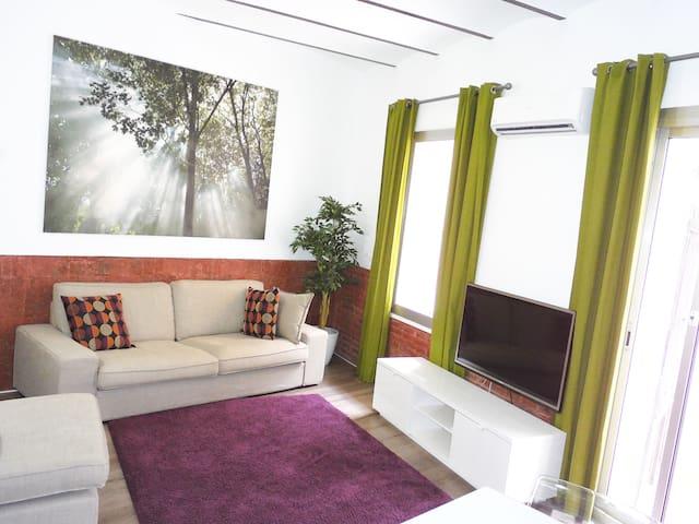 New and nice  apartment near Sagrada Familia