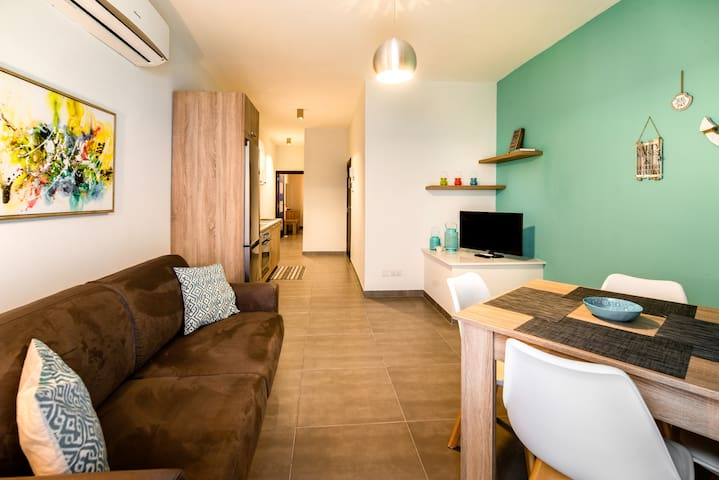 Ta Karolina 1 Bedroom Designer Apartment