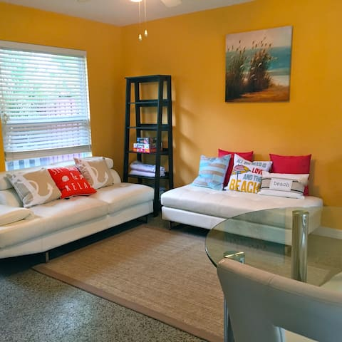 NEW! Light Modern Home Walk 2 Beach, Atl. Ave - Delray Beach - Dom