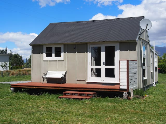 Deck and Outside Cabin