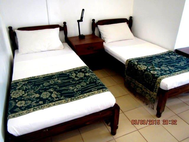 Coron Residencia de Rosario - Standard Room - Coron - Guesthouse