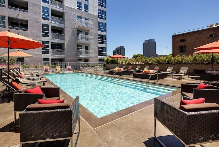 DowntownLA ConventionCenter loft 6beds+pool #02