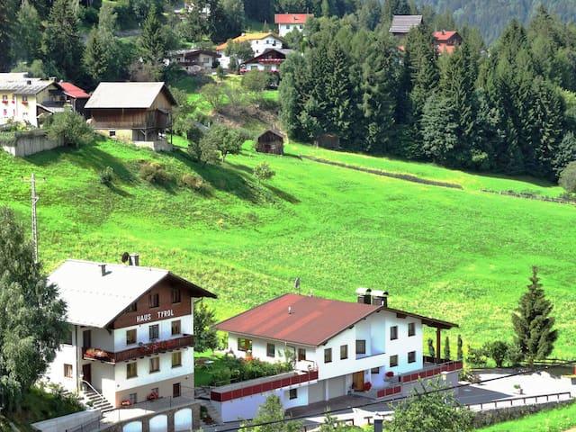 Haus Tyrol (TDL125)