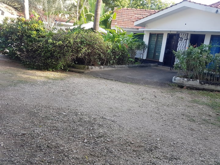 Diani Aster home