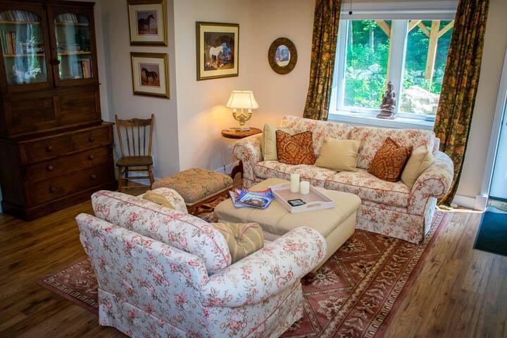 Yellow Birch Cottage...rest, relax, rejuvenate.