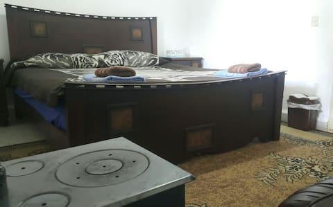 room 1 for couple, BAYT EL HARA