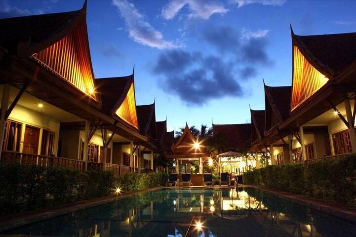 Phuket Thai style Resort