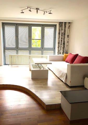 Geräumige Maisonette-Wohnung mit guter Anbindung - Wiedeń