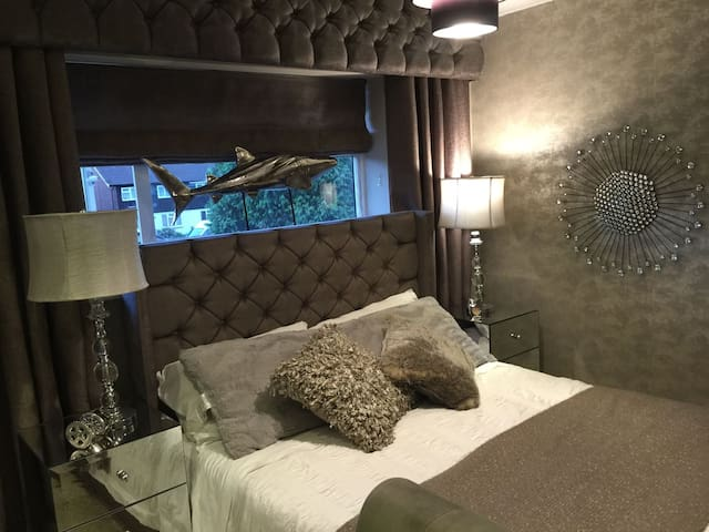 Amazing Room!!! - Watford - Hus