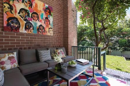 Bondi Beach Garden Retreat - Bondi Beach - Apartment