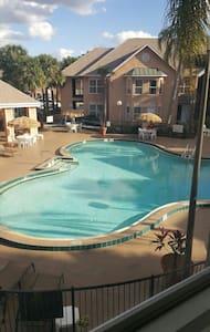 Pool view Villa near Disney - Kissimmee