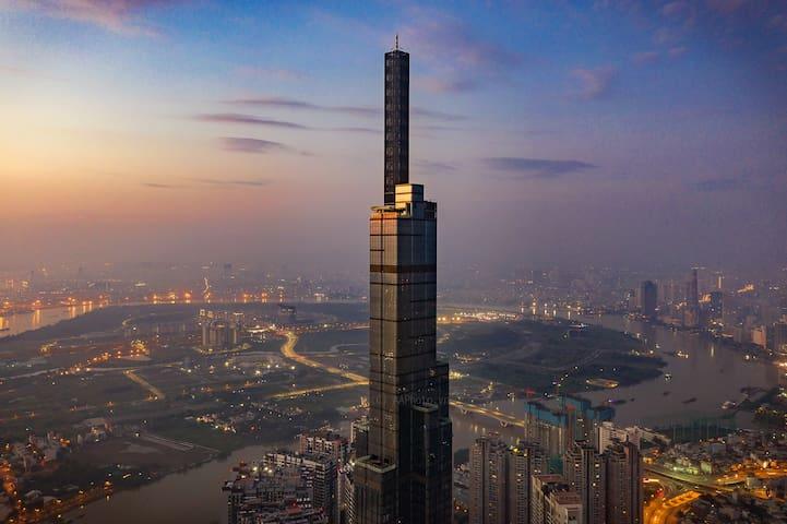 Highfloor condo in VN tallest building Landmark 81