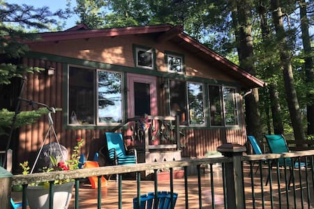 Family-Friendly Cabin on Sand Lake