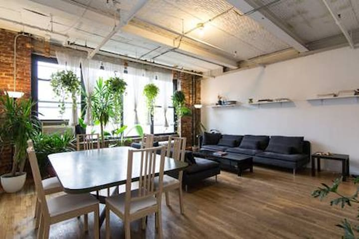 3 Bedroom Artist Loft in Williamsburg Prime