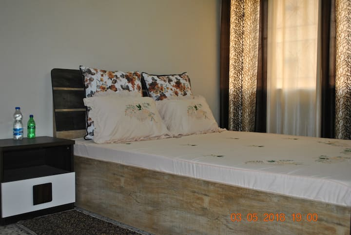 Jain Deluxe Room in Fully Furnished Apartment