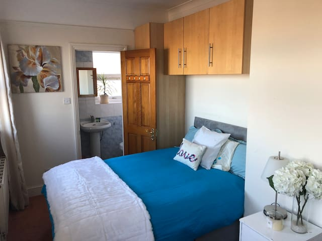 En-Suite Double Room with views across London