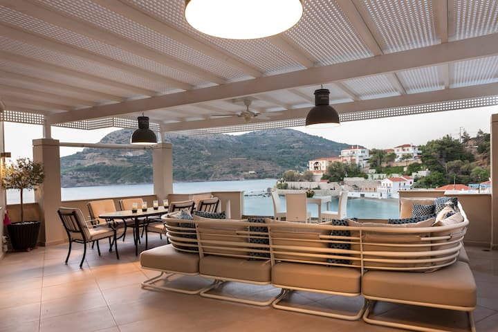 Jason's Place | Seaside Luxury Apartments | Chios