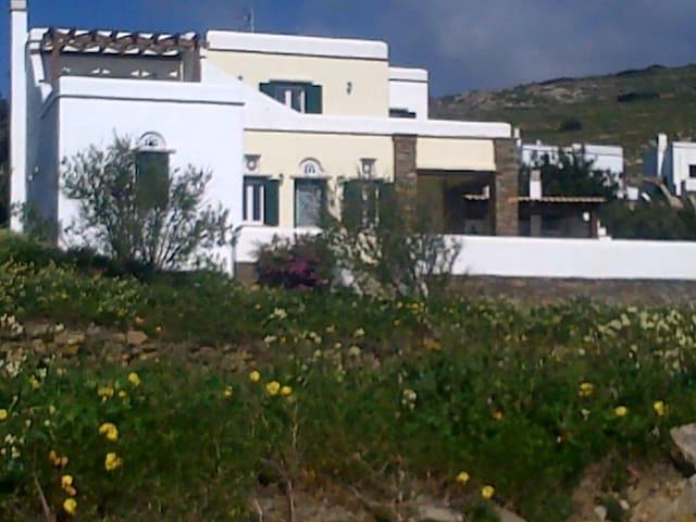 Madeleine - Tinos - Villa