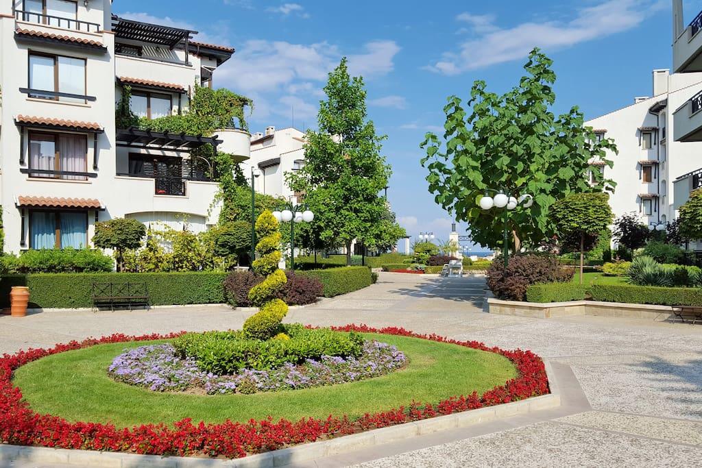 In-complex gardens