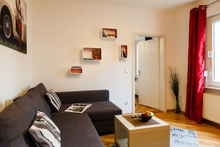 charming apartment in the West of Bielefeld - Bielefeld - Lejlighed