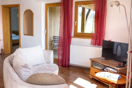 Apartment for 4 with mountain view Salzkammergut - Weyregg an Attersee