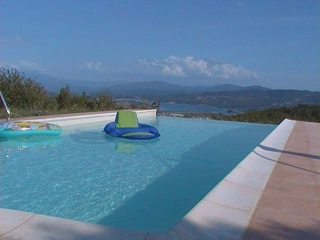 Apartment in green Tuscany Mugello shared pool