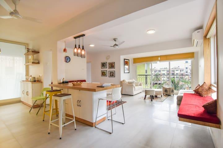 Artsy Luxury Penthouse in Candolim