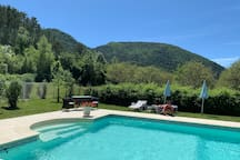 Domaine La Pique, lovely pool, much appreciated by our guests