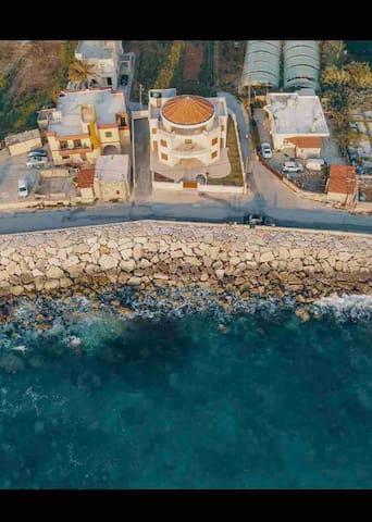 Seaside Villa G