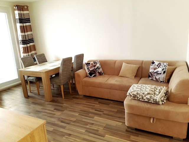 Beautiful large apartment at Klinovec - Kovářská - Leilighet