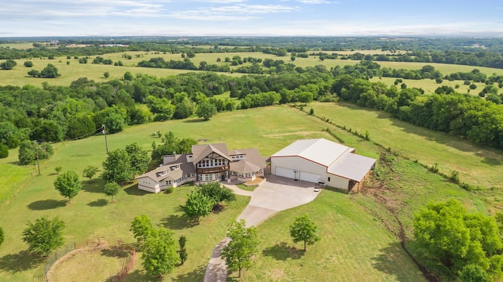 Elegant Ranch House with 20 Acres of Pure Serenity