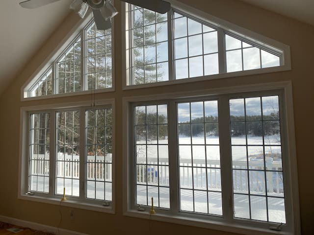 Belleau Lake Home- enjoy some relaxation with us!
