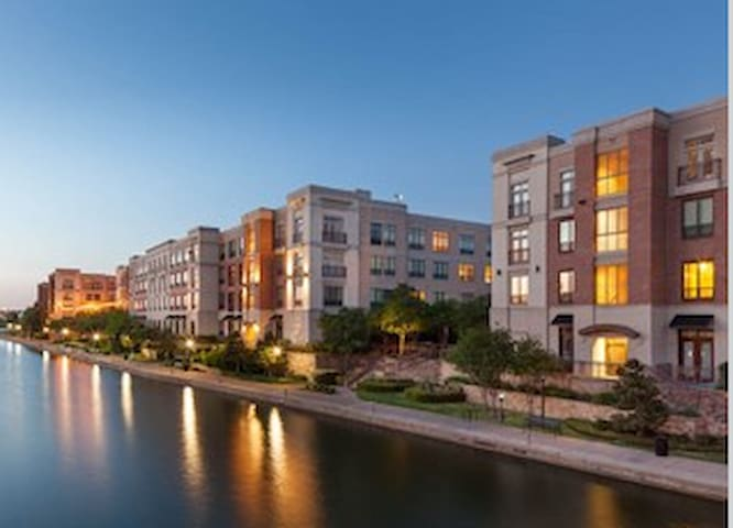 Las Colinas, The Settle Down For Life Spot!! - Irving - Apartment