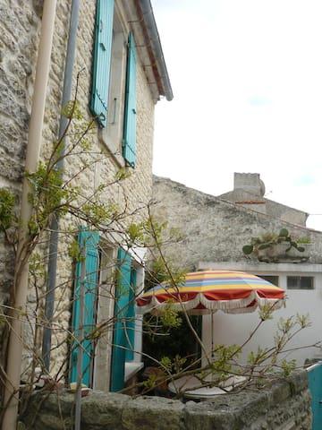 Domino à St Georges d'Oleron  maison à  louer