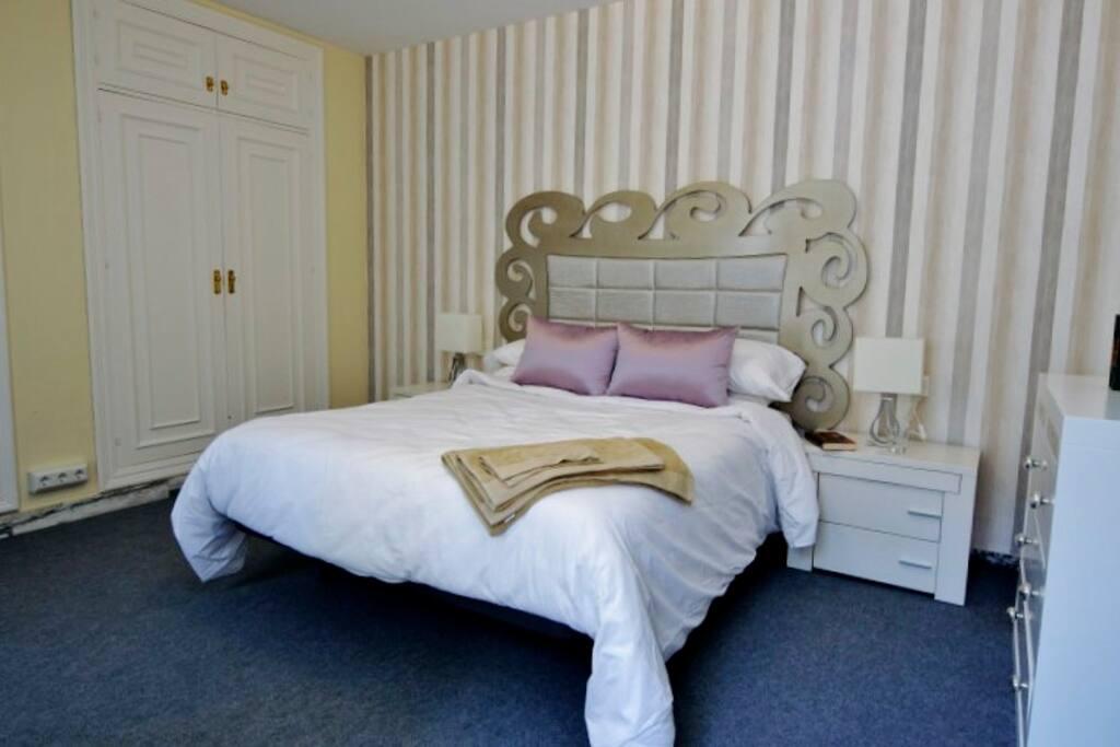 Suite con cama de 1'50