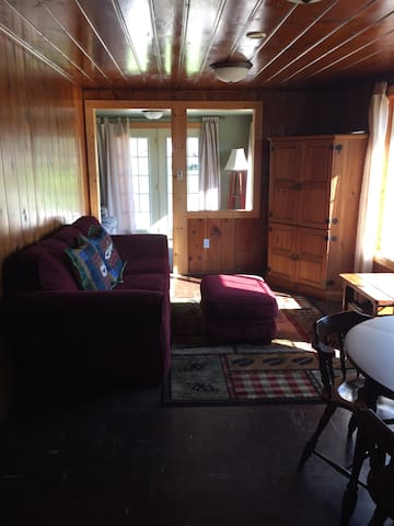 Lakefront Cabin All Season - Hastings - Ev