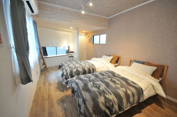 Renovated★Private House★NAMBA★CENTRAL★FreeWiFi★40㎡